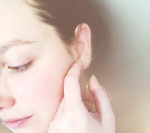 Strakke huid behandeling tegen huidverslapping