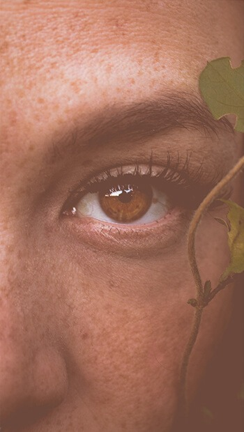 Vrouw oog strakke huid